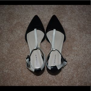 VGUC Black Leather Flats with Cream Straps